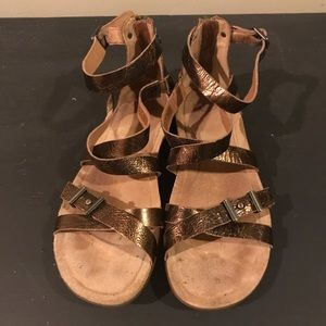 Ugg Metallic Flat Sandals